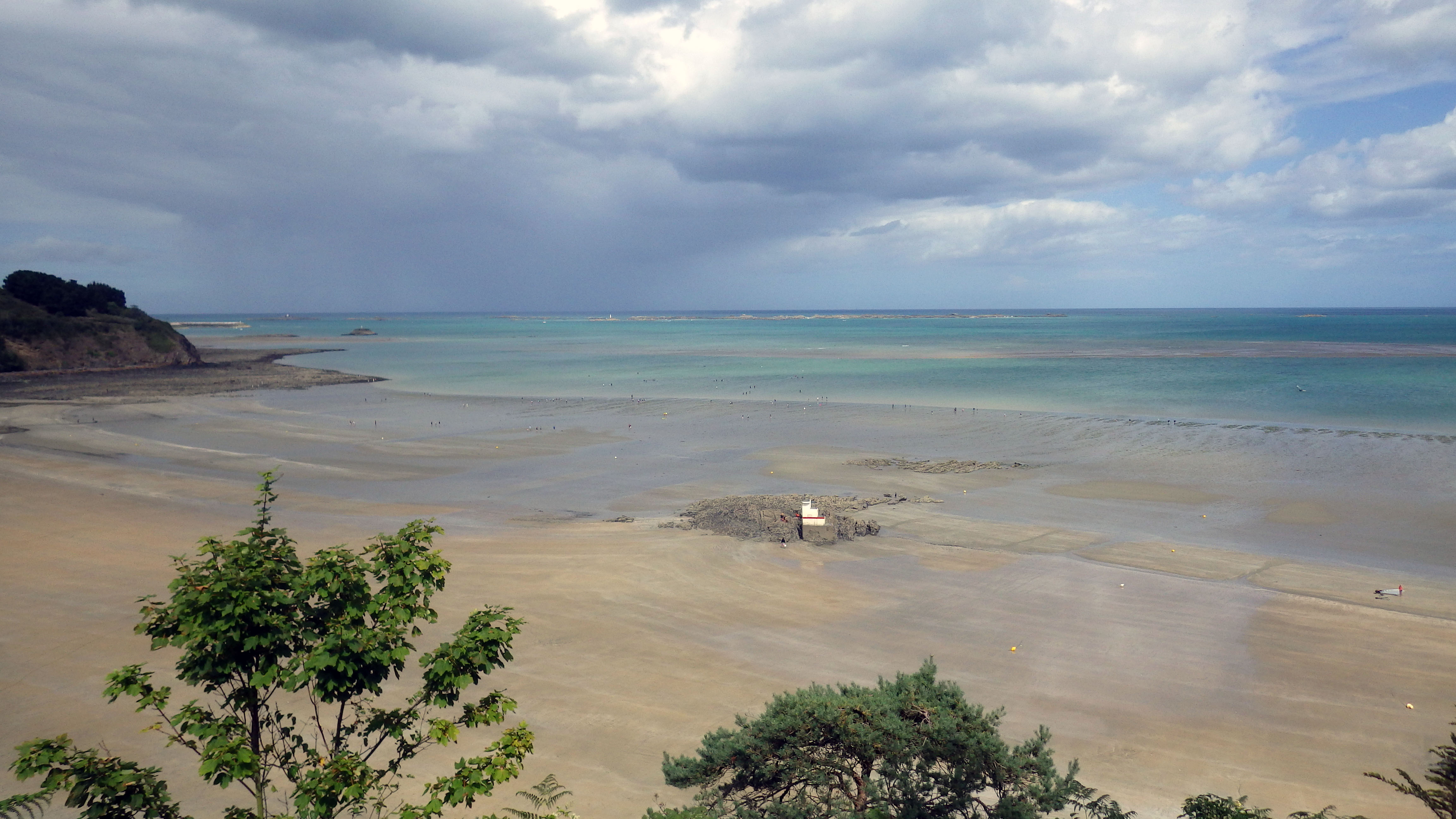Sensibilisation et enquête auprès des pêcheurs à pied aux Godelins