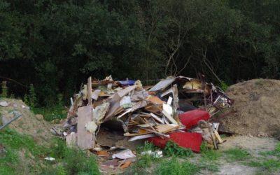 Suppression d'un dépôt d'ordures sauvage